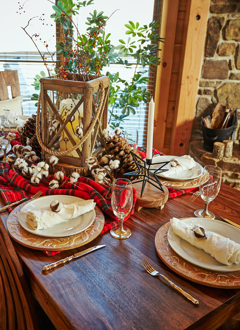 Country-cabin-table-settings