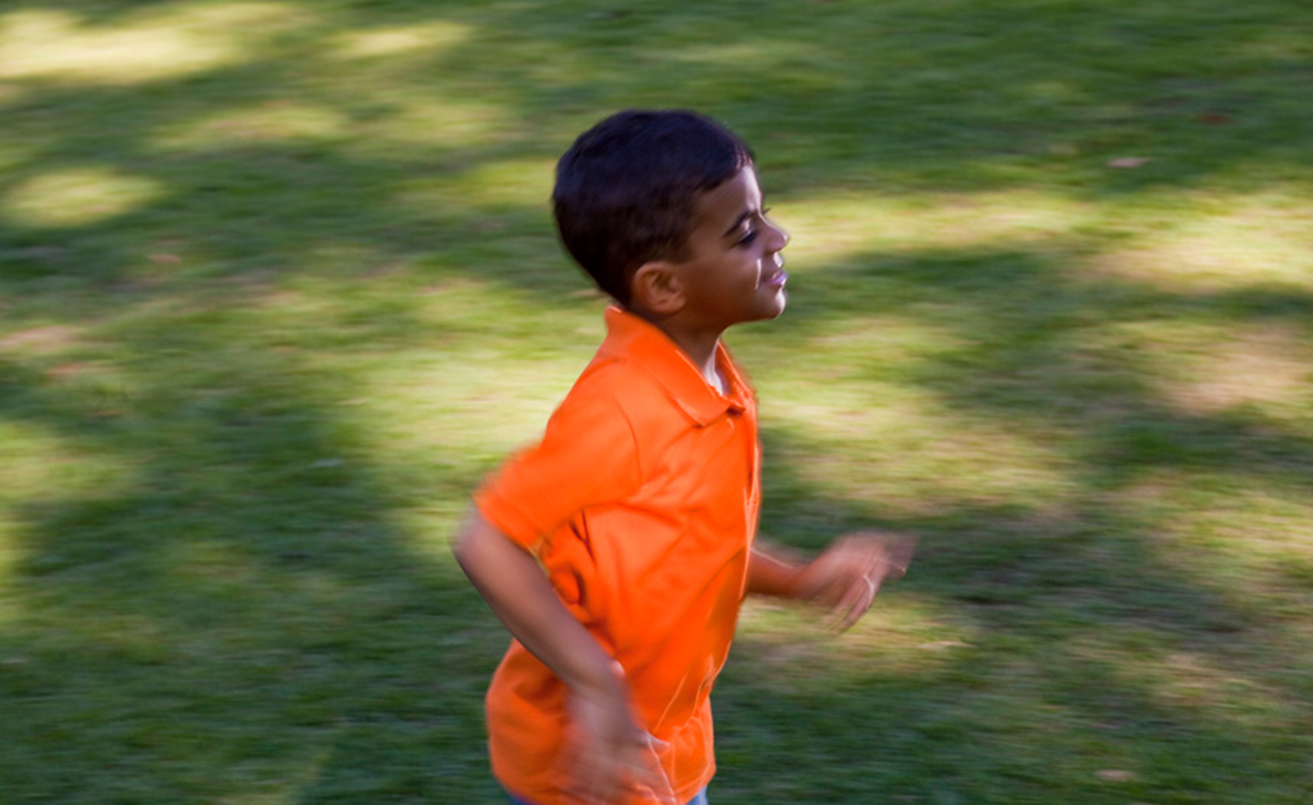Young-boy-running-4995