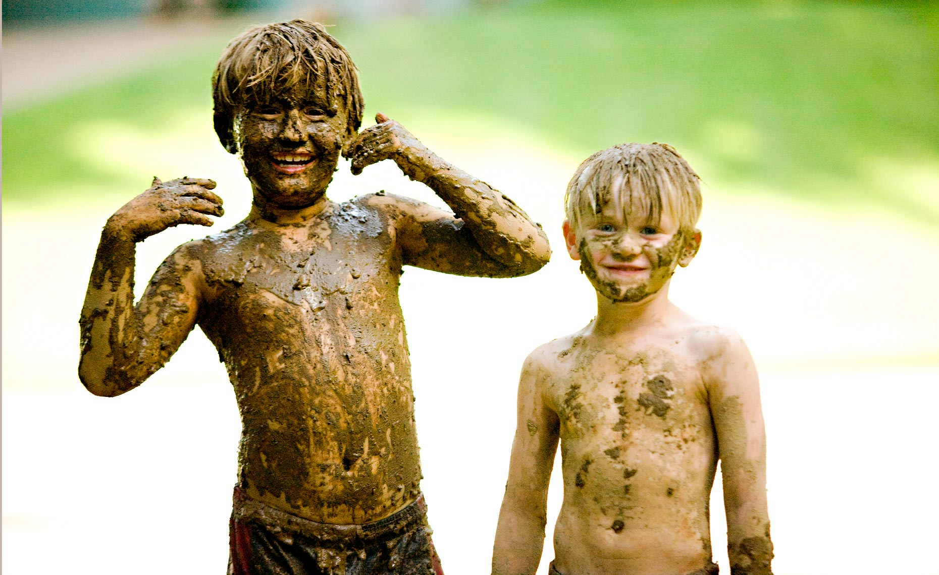 boys-covered-in-mud