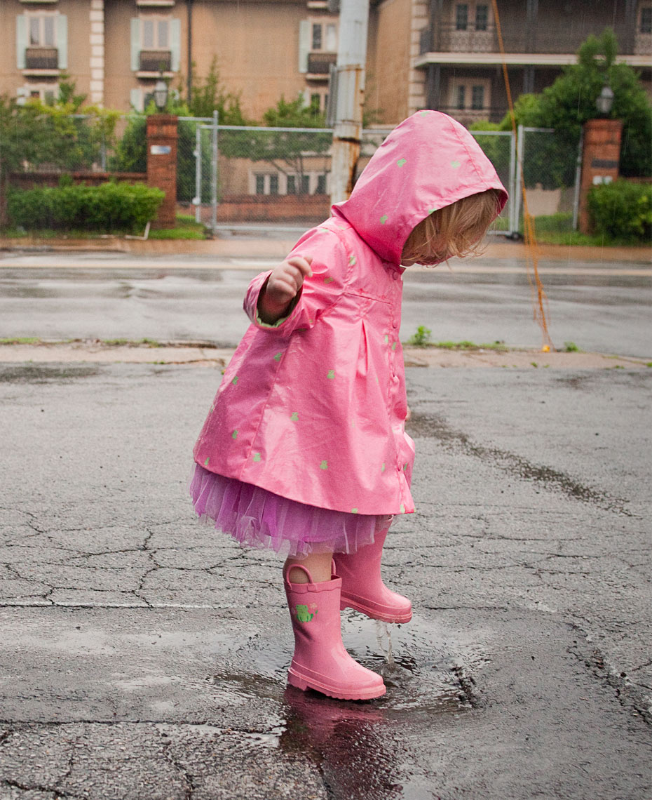 little-girl-rain-boots